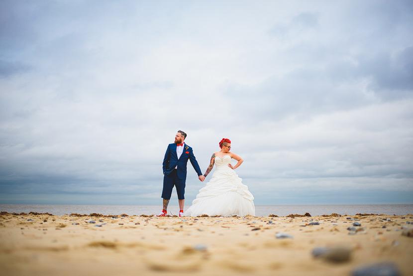 hemsby beach wedding photgraphy lacon arms
